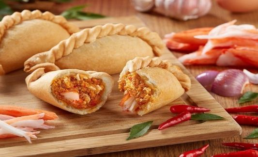 old-chang-kee-crab-curry-puff-533x324